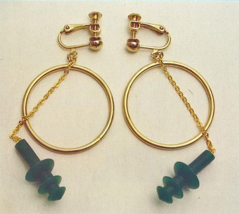 Chindogu-Ear-Plug-Earrings
